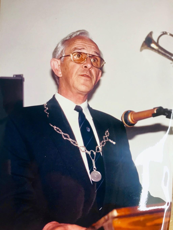 Oud-burgemeester Harinck overleden