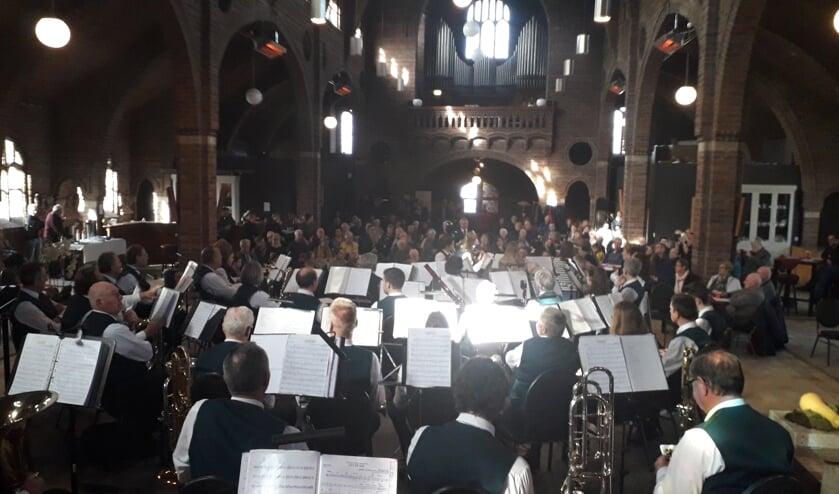 Koffieconcert van 17 bebr. in Zandse Kerk. (Herman Geerts)
