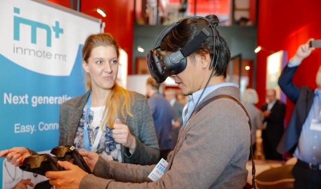 Een VR oplossing is wellicht een oplossing voor de huisarts van de toekomst. (foto: Jack Tillmans)
