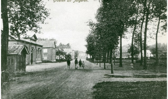 Maliebaan, 'oude schoolplein' Angeren. (foto: archief H van Marwijk - B Otters)