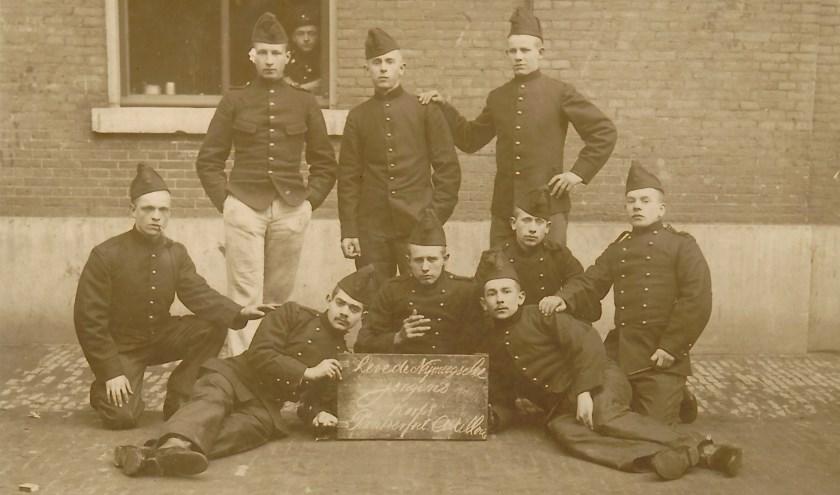 Groep soldaten (foto: wim Haafs)