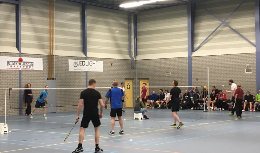 Badmintontoernooi. (foto: Alberdien Langen)