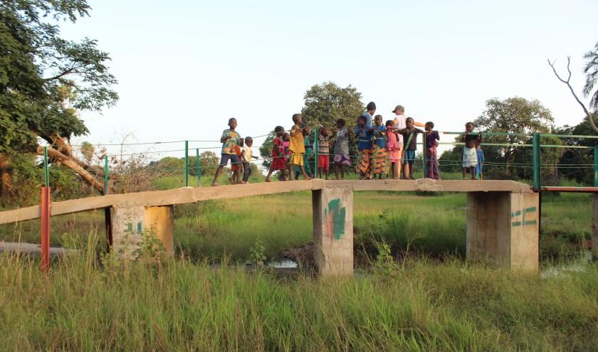 De brug die in 2018 in Sare Wallom gebouwd is. (foto: Eddy de Wild)