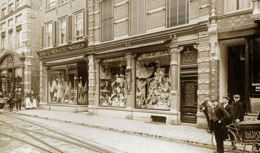Bakkerstraat voor WO2 (Foto: Gelders Archief)